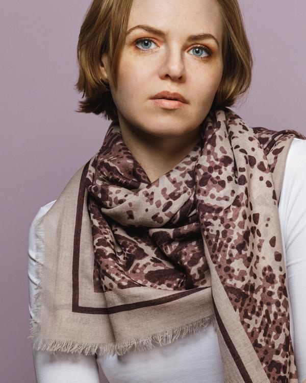 HELENA SAND wool scarf - mjuk ullsjal i finaste kvalitet