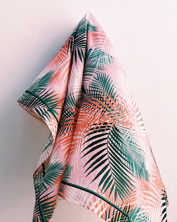 HELENA SAND sarong of cotton/silk in peach color & palm leaf pattern