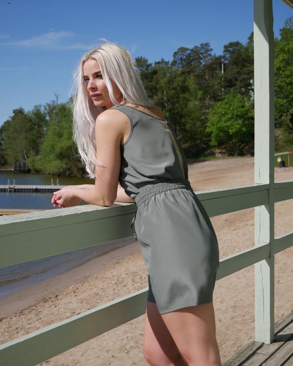 Alexa top Pine green