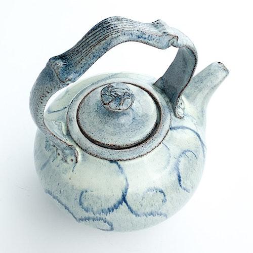 Teapot by Karin Nyström