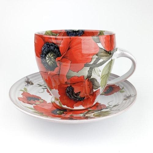 Cup and saucer by Åsa Falkenbert