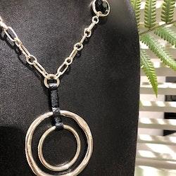 Mira Halsband