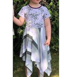 Corner dress