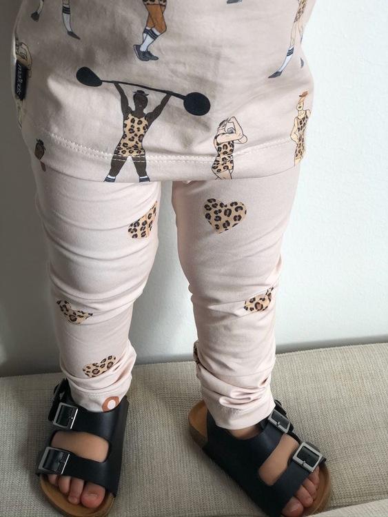 Leggings - Leo Hearts beige