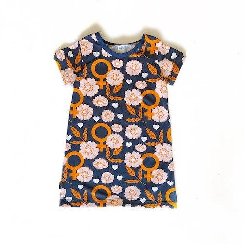 A-linjeklänning - Feminist Blomster