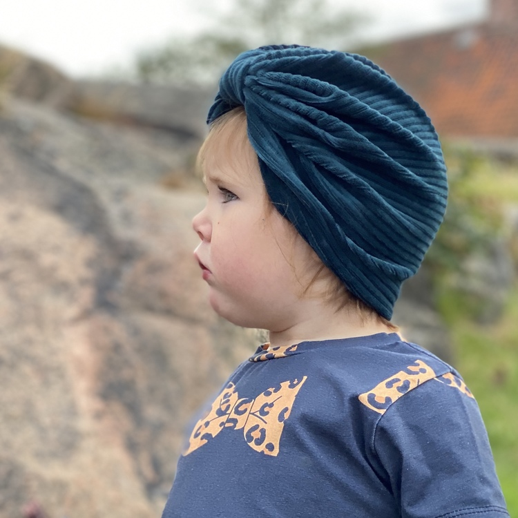 Turban -  Petrol velour med manchesterlook