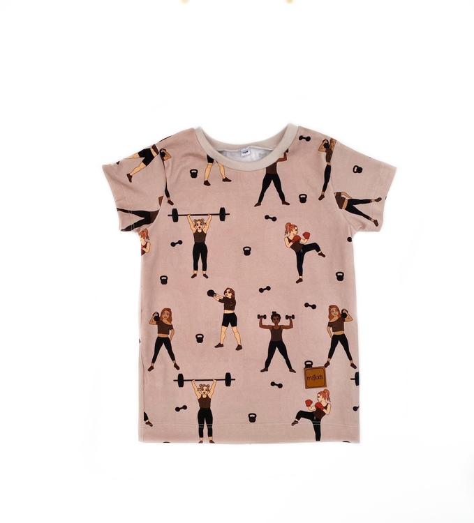T-shirt - Strong Girls 21 piege