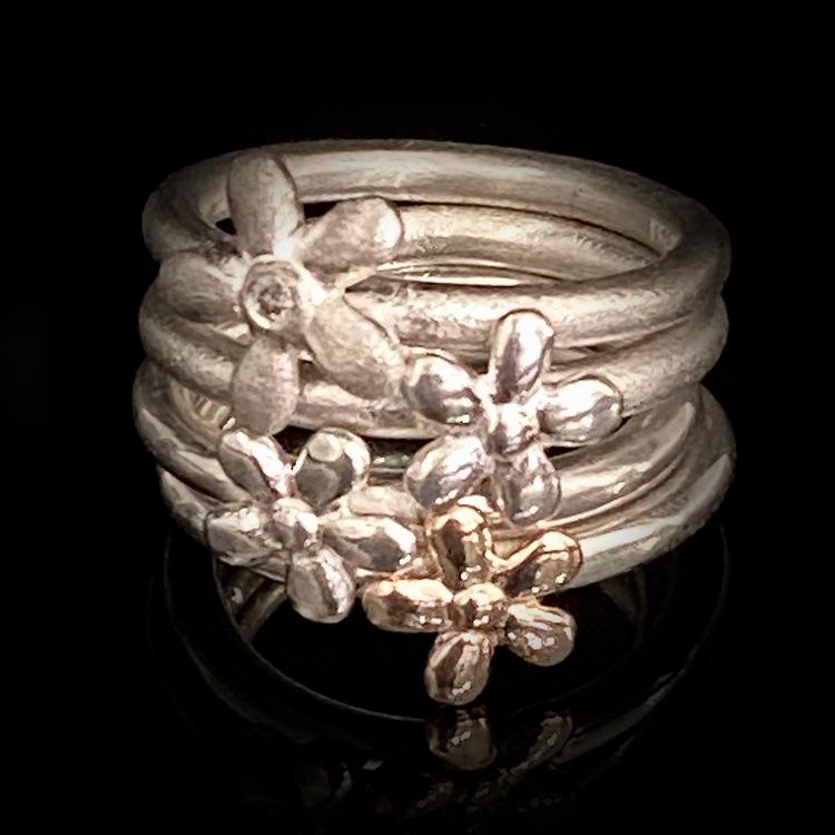 Blomringar guld silver. ETENA Flower collection