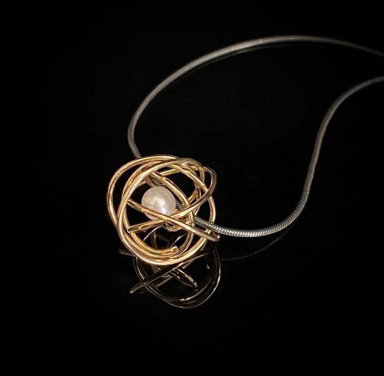 Trassel de Luxe guld silver halsband ETENA