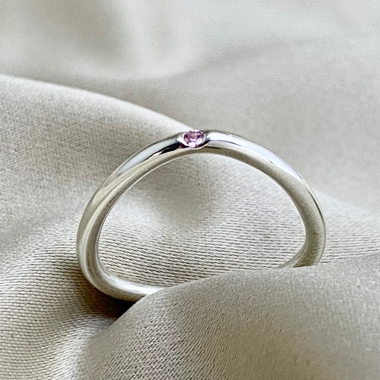 DOT Triangle Pink Sapphire Ring, for supercomfort. The precious stone is always on top. Made by Stockholm Jewels