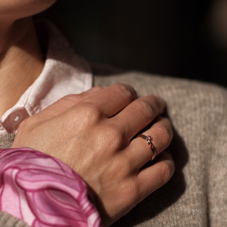 Little Princess Pink Sapphirering. The most adorable 18k gold ring with a pink sapphire. Made by Stockholm Jewels