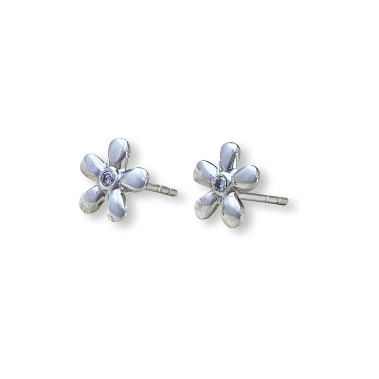 "Flower ""S"" Diamond"