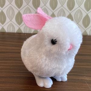 mjuk hoppande kanin
