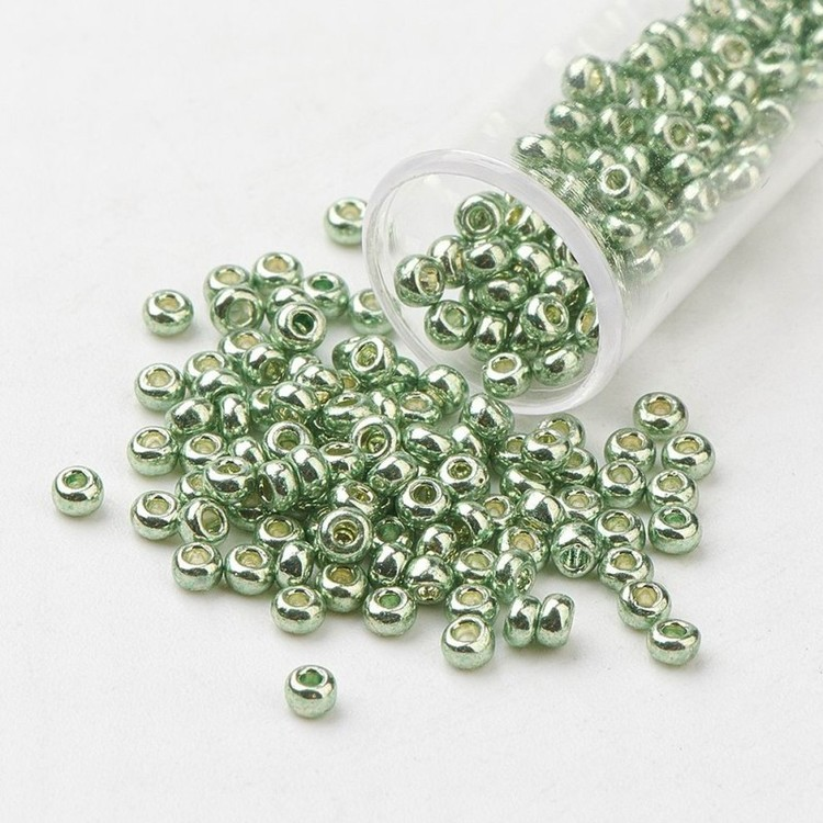 Seedbead 2 mm grön metallic