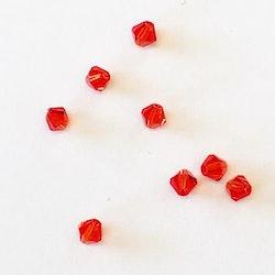 Pärla bicone glas röd 4mm 10-p