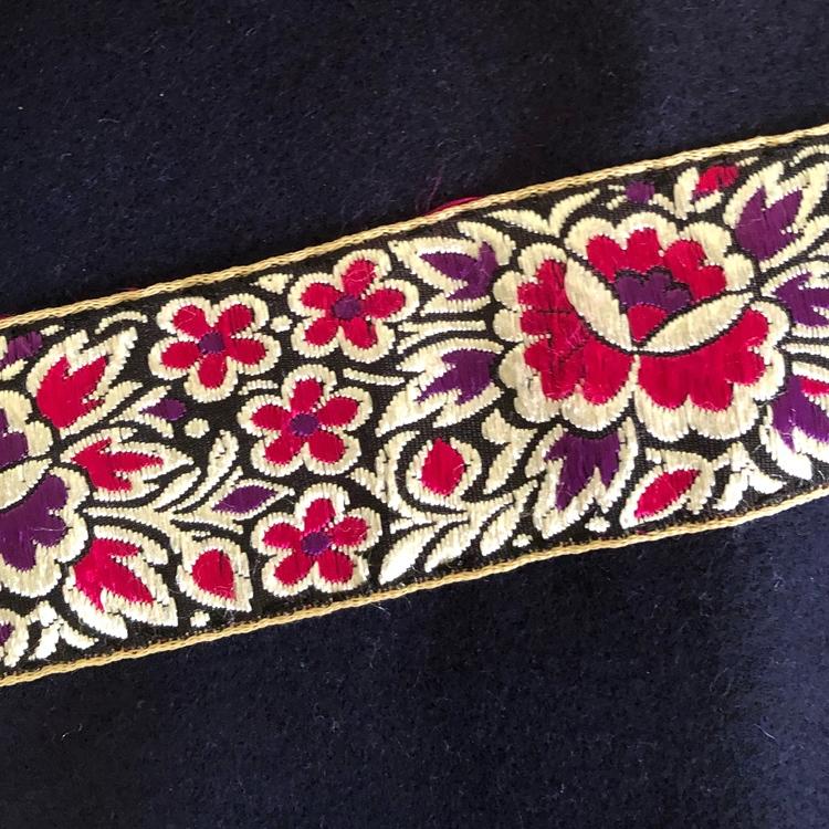Dekorband blommor cerise & lila