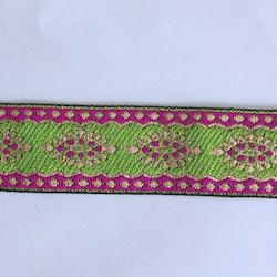 Dekorband limegrönt med ovaler i lila och guld