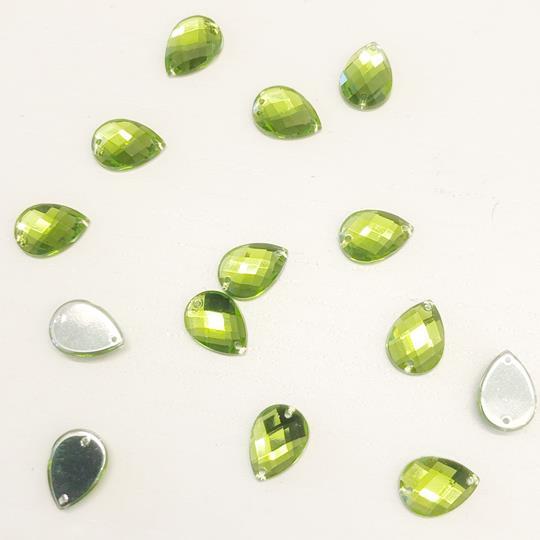 Pärla 10x14mm droppformad grön
