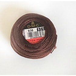 Pärlgarn nr 8 brun 938