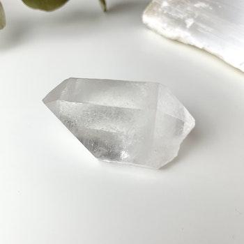 Bergkristall, clear quartz, naturlig DT spets #D