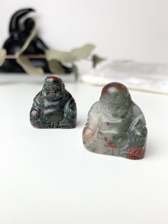 Buddha av African bloodstone