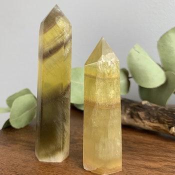Gul Fluorit, spets