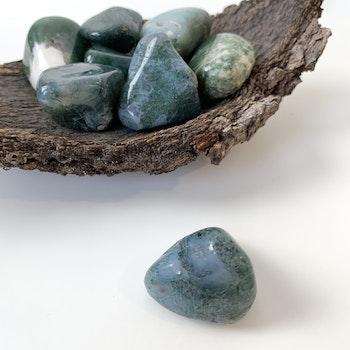 Mossagat, trumlade stenar