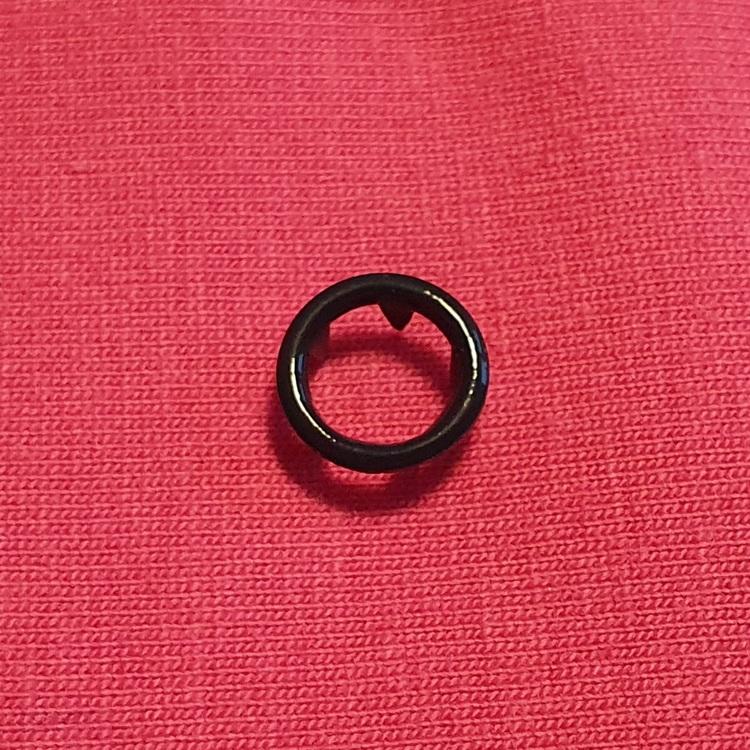 Tryckknapp cirkel svart