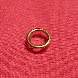 Tryckknapp cirkel guld