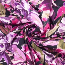 Rosalila blommor