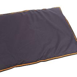 Digby & Fox Plain Waterproof Dog Bed