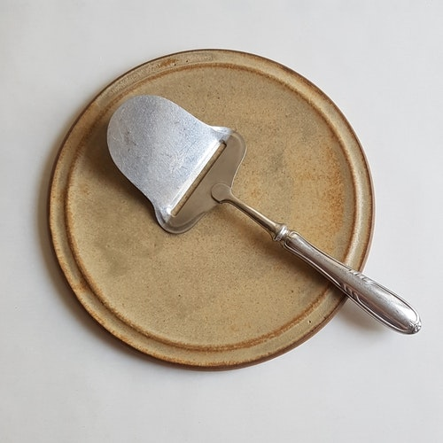 Ostfat i Serien Sand
