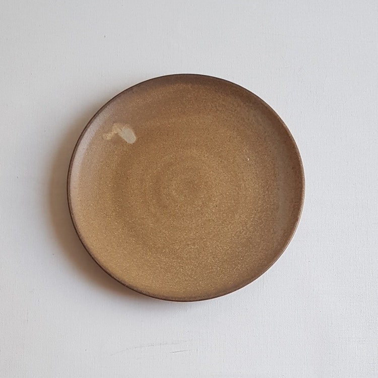Assiett i Serien Sand
