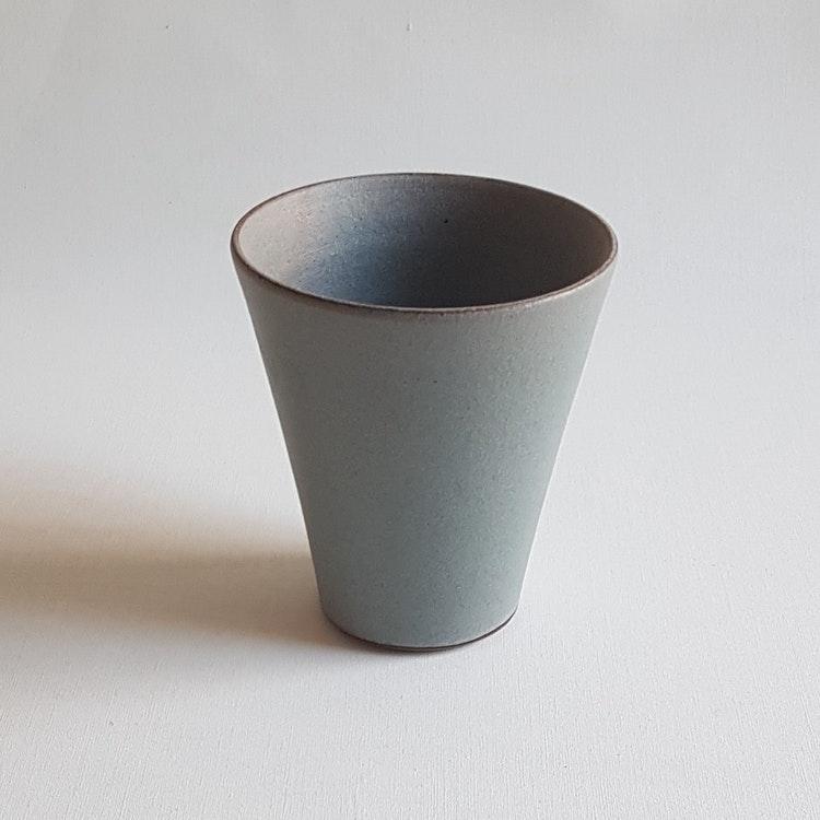 Kaffemugg i Serien Råsiden / Grågrön