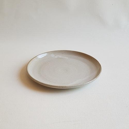 Assiett i Serien Crème / Gräddvit