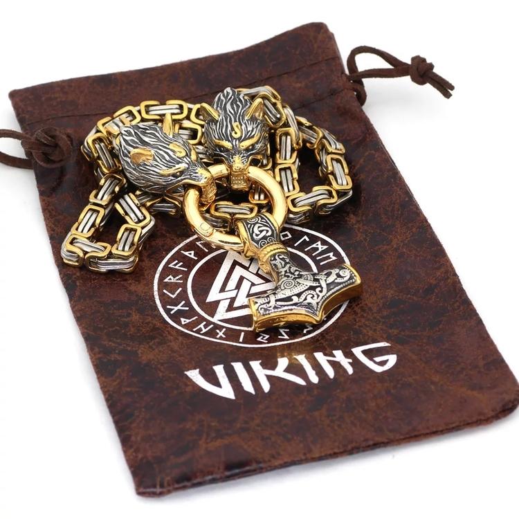 Torshammare halsband det perfekta vikingasmycke. Vikinga halsband och armband med motiv som Tors hammare och Odin halsband