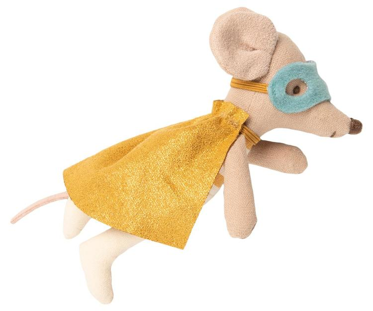 SUPERHERO MOUSE, LITTLE BROTHER IN SUITCASE