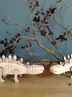 Dinosaurie trä- måla själv