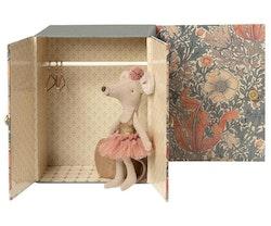 Baby room med micro mus