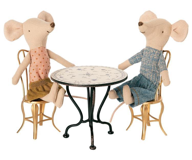 VINTAGE TEA TABLE, MICRO