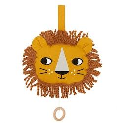 Speldosa, lejon
