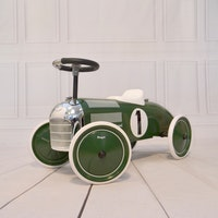 Magni stor grön sparkbil - Classic Racer