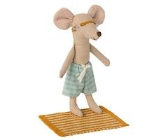 Strandset för storebror mus