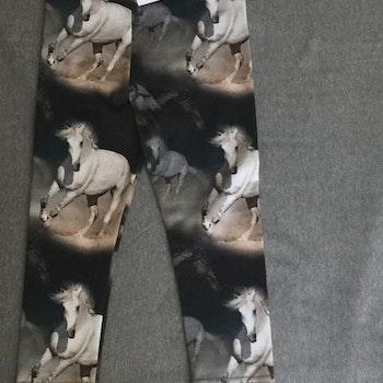 414 Leggings Vita hästar på svart botten