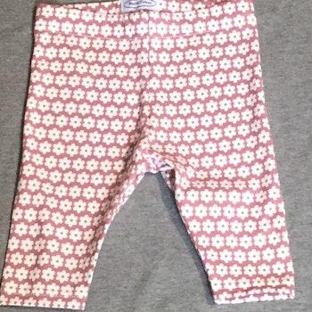 828 Leggings Vita blommor på rosa botten