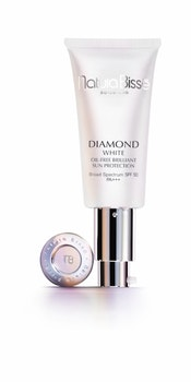 DIAMOND WHITE SPF50 PA+++ OIL-FREE BRILLIANT SUN PROTECTION