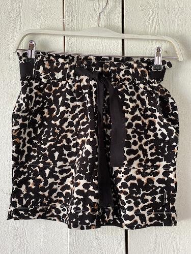 Mönstrade shorts från Summum