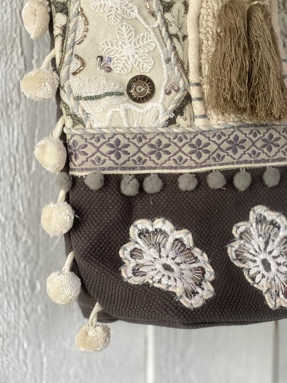 Väska med fina detaljer