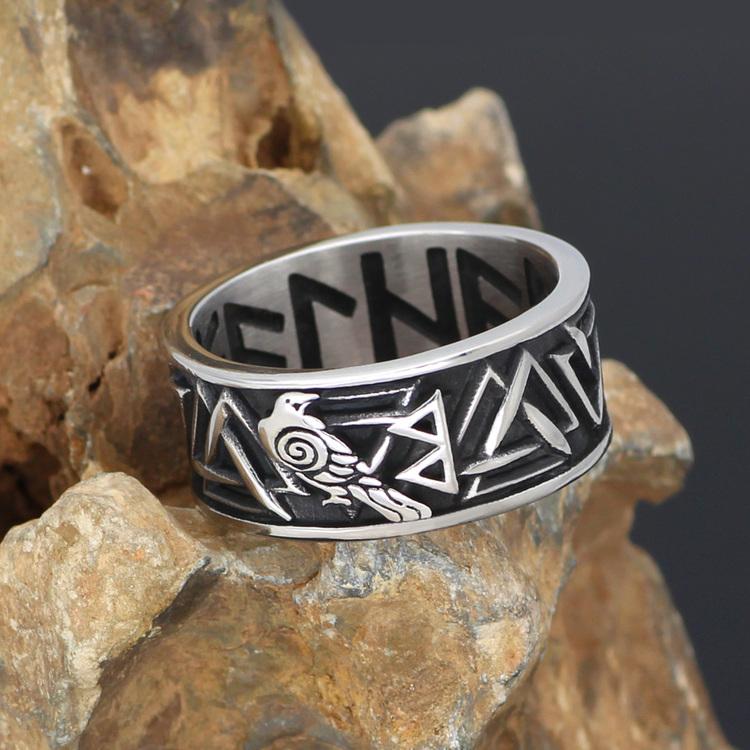 Vikingring Valknut-Korpen Hugin-Runskrift