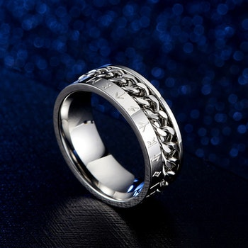 Ring Titanium-Kedja, runskrift Silverfärgad
